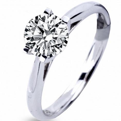 bague diamant sur fil nylon